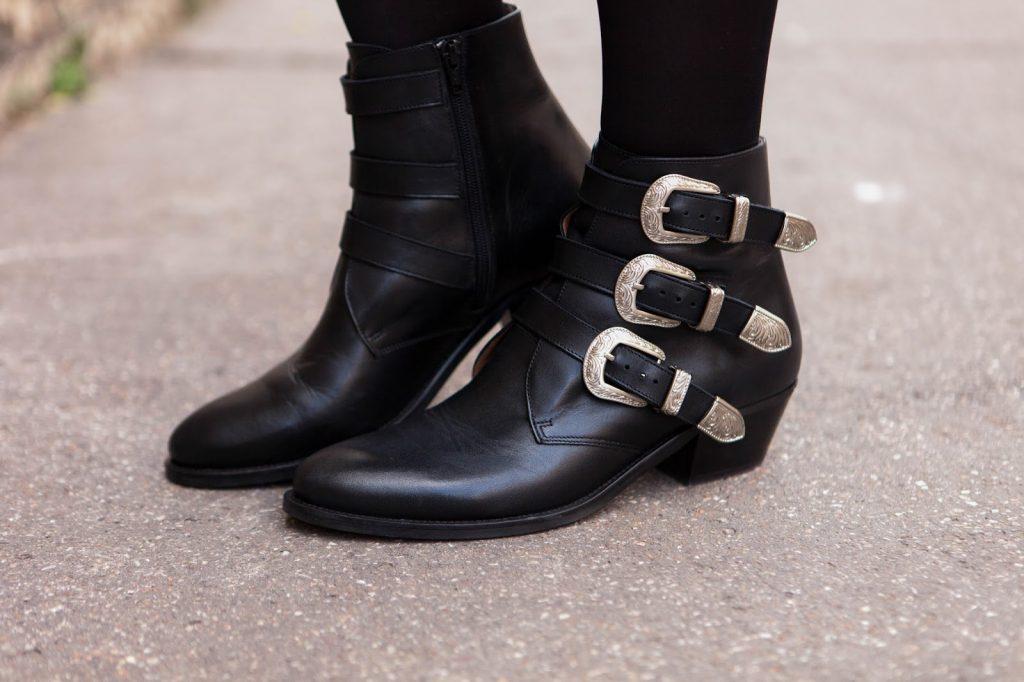 boots noires sangles jonak parisgrenoble