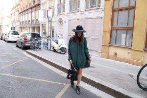 robe plissée vert sapin parisgrenoble