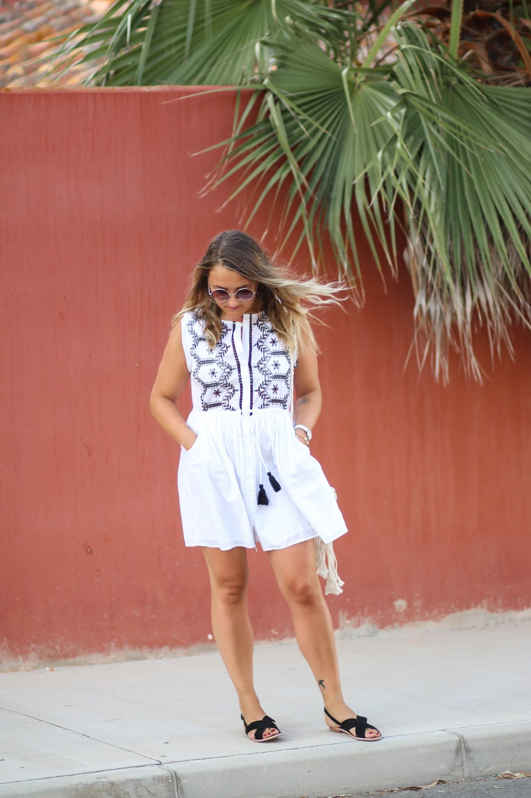 robe blanche brodée parisgrenoble
