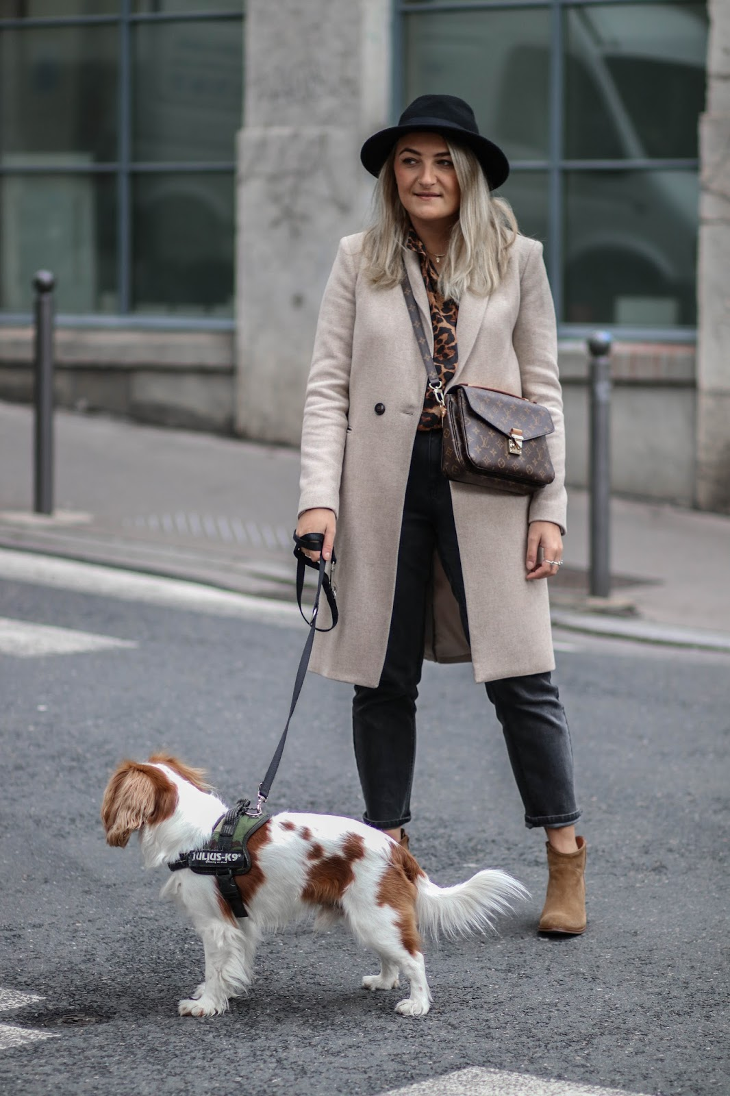 manteau beige parisgrenoble
