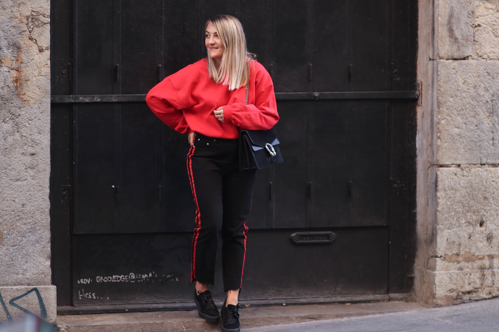 sweat oversize rouge parisgrenoble